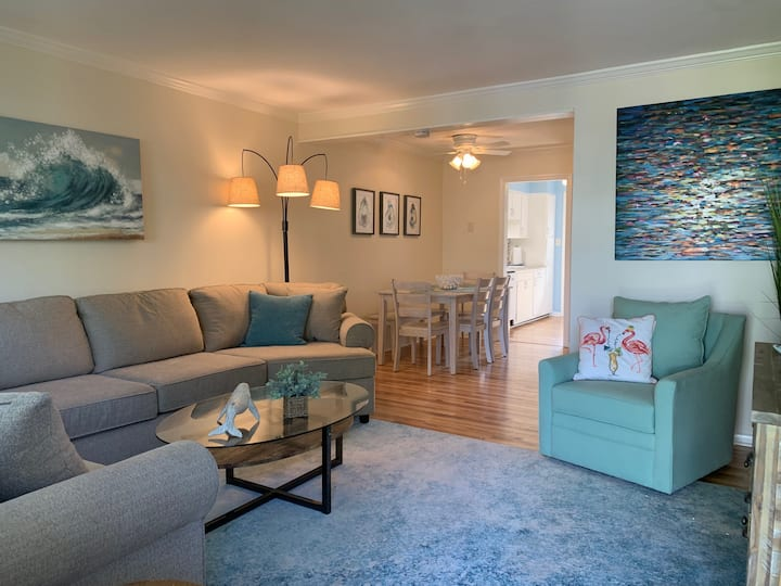 A WAVE FROM IT ALL, Monthly Rental North End House