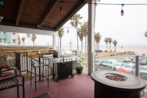 Venice Beach Boardwalk Penthouse