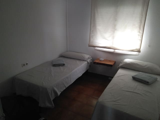 Habitación tranquila, doble o individual