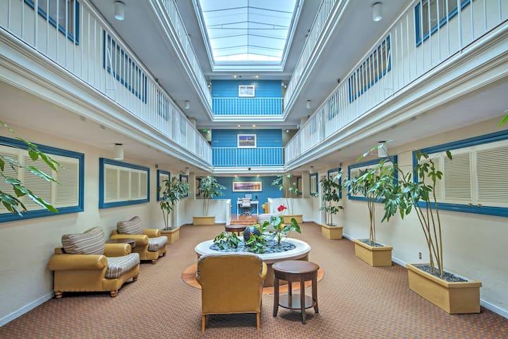Lobby with indoor atrium