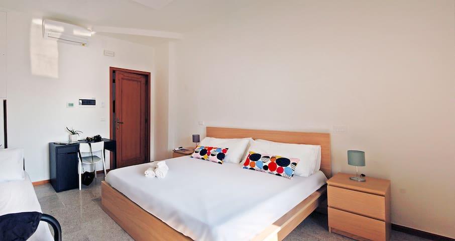 Room Campione