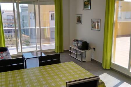 Penthouse 2 chambres et 2 toilettes - Moncofa