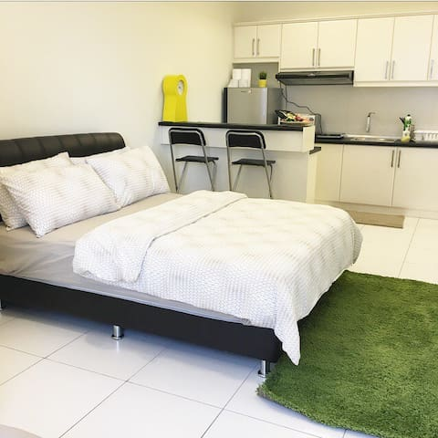 Private and Cosy Neo Damansara