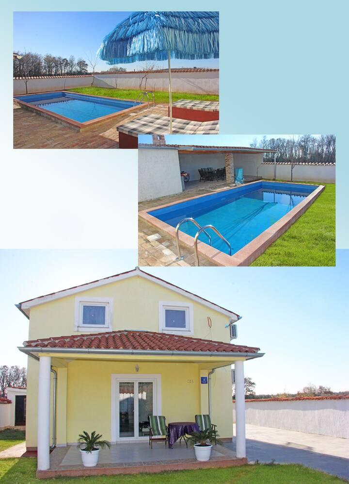 House Ema