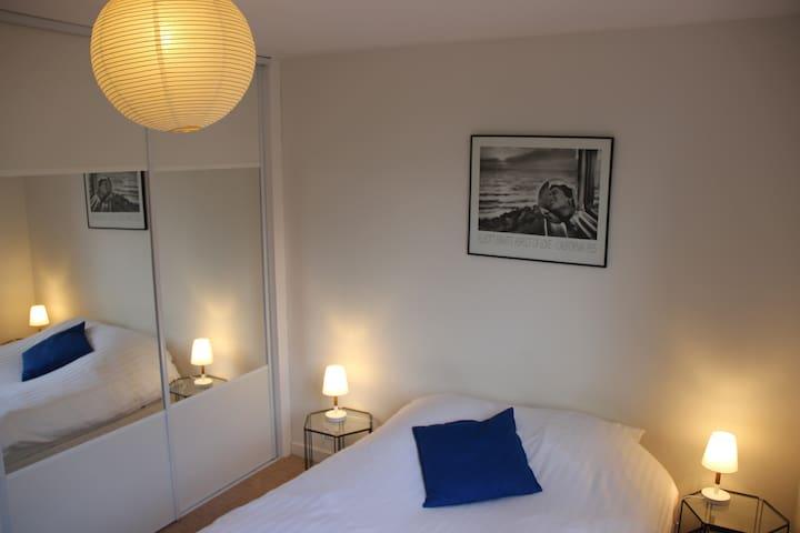 Chambre double (140) avec vue sur le Mont Saint-Eynard