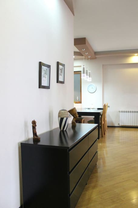 Best apartment near holliday inn appartements louer for Canape tbilisi