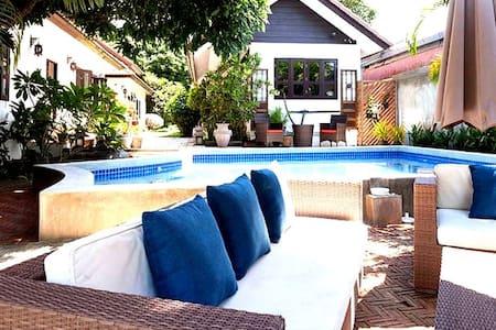 Beautiful Quiet Room Bedroom 3 - Nam Phrae