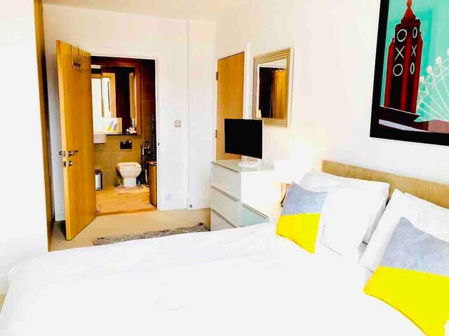 1 bedroom in a  Penthouse near Excel London