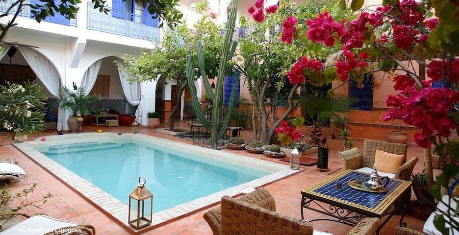 Riad piscine à 7min de Jemaa el-Fna