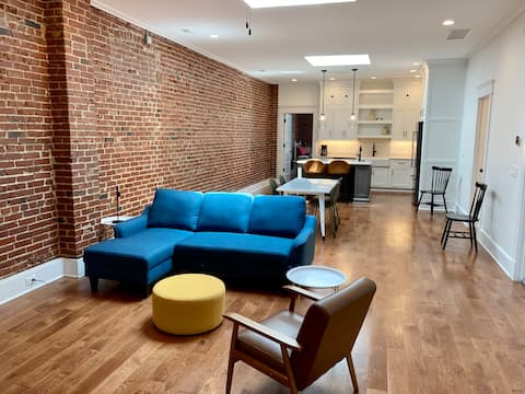 NEW! Historic and Luxurious Downtown Corydon Loft