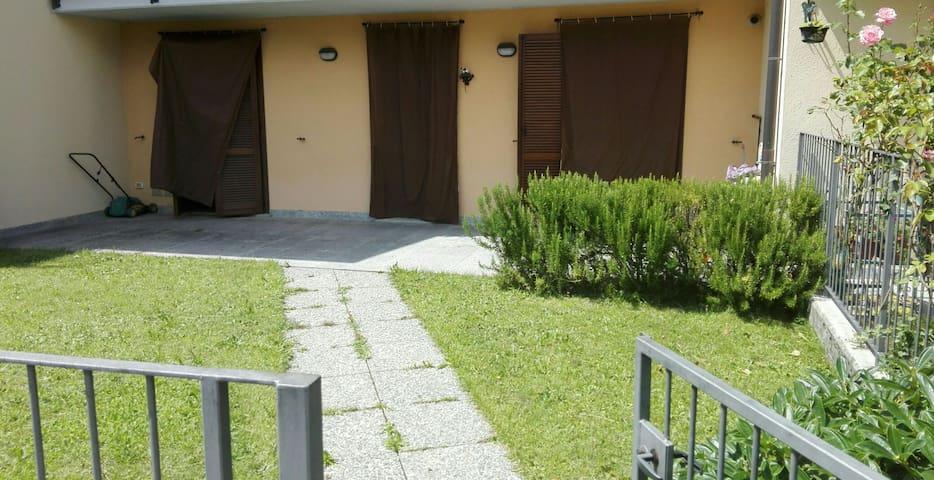 Accogliente appartamento nel verde - Caglio - Huoneisto