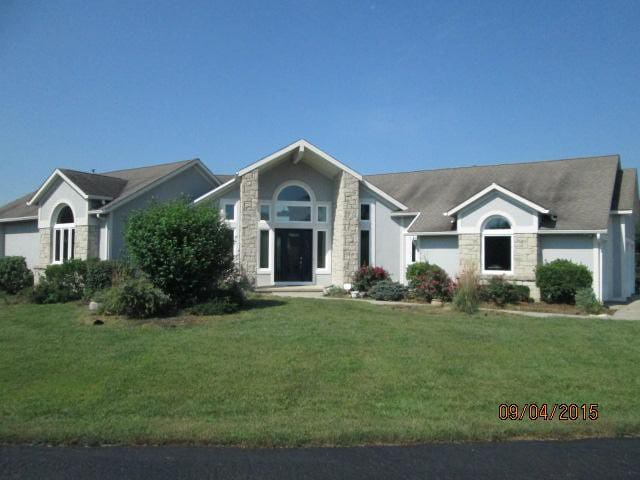 Contemp home pool/spa/privacy 22 ac business ready - Edwardsville - Casa