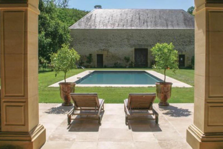 Piscine vue du pool house