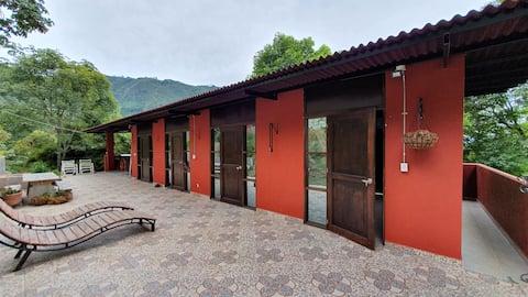 "La Cumbamba - the ""Oropéndolas"" budget room"
