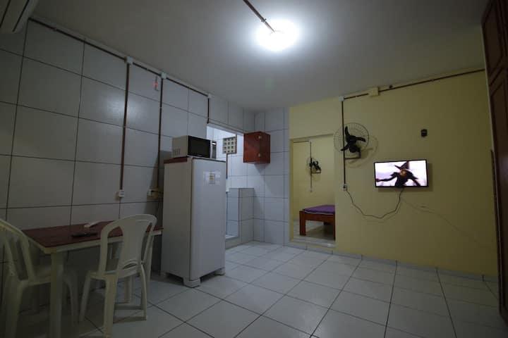 Apartamento mobiliado c/ 2 quartos em Fortaleza