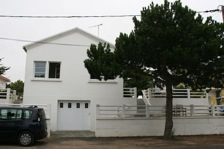 Grande maison bord de mer - Notre-Dame-de-Monts - House