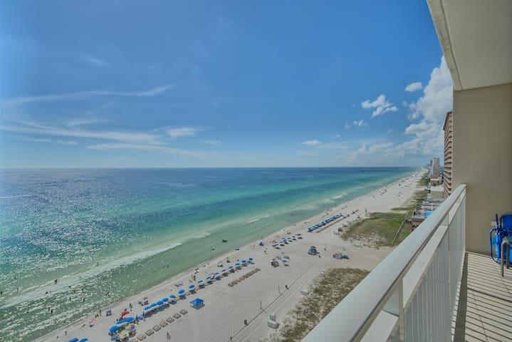 Amazing Emerald Beach Resort 1533 Deals in April!