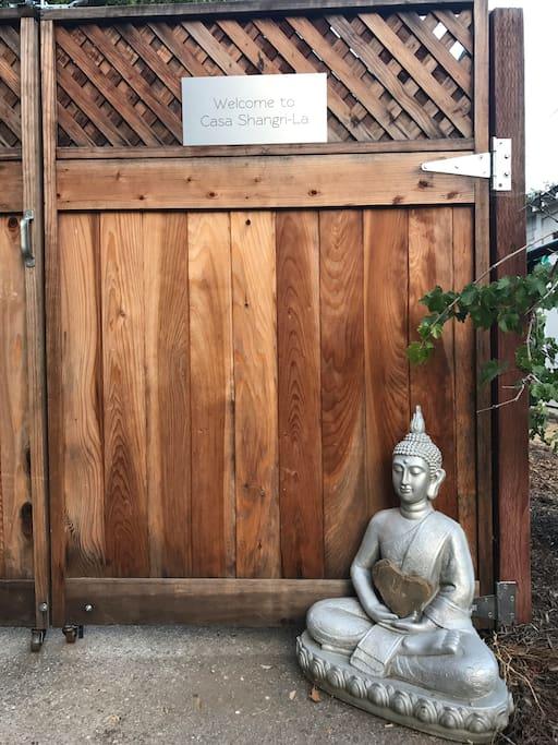 Casa Shangri-La Front Gate