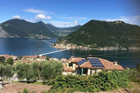 stanza a Sulzano con vista Lago - Hus