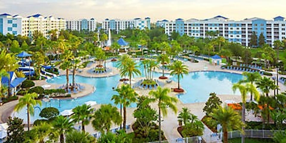 Make Memories in Orlando at the Fabulous FOUNTAINS