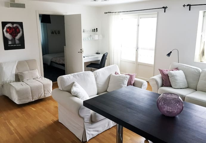 Beautiful apartment near Stockholm - Bålsta - Daire