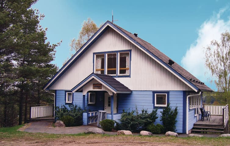 Holiday cottage with 1 bedroom on 106m² in Överlida