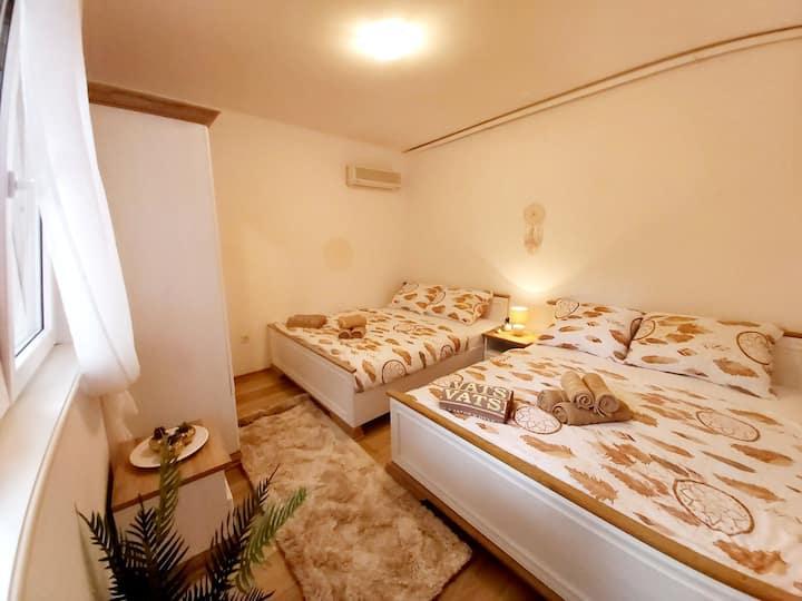 Villa HANA apartment nr. 2- best position in Jelsa