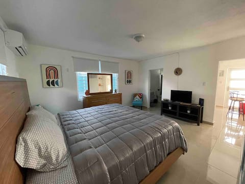 New and central apartment Free WiFi & Netflix