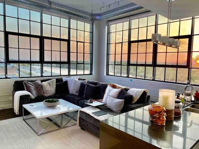 Penthouse loft, water views minutes from downtown