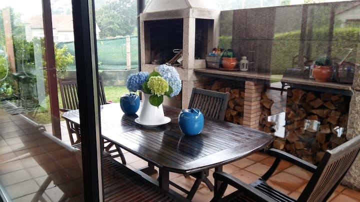 Casa moderna en un entorno natural