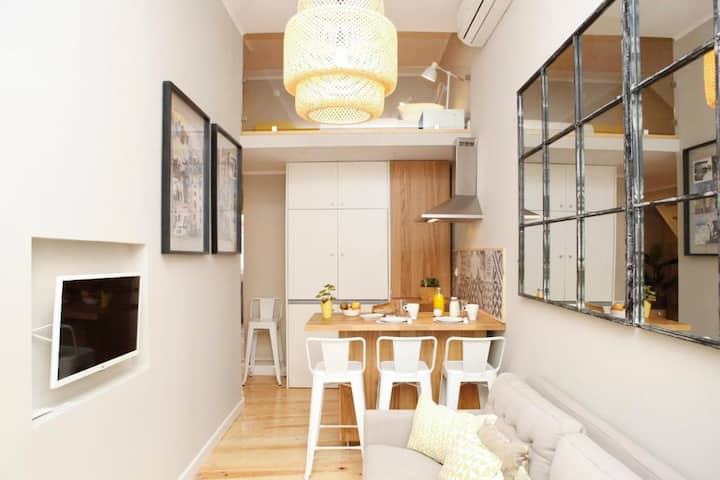 Flores Guest House - Apartment with Mezzanine