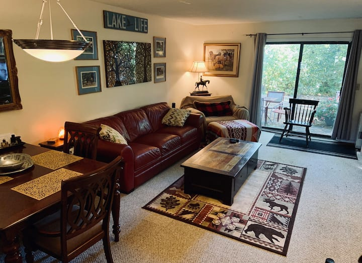 South Burlington Condo. 2 br, 1.5 ba
