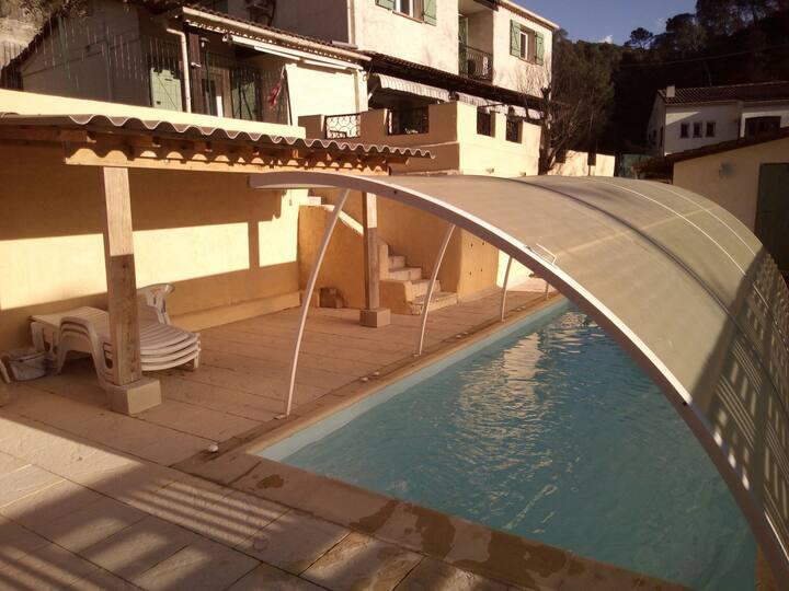 Maison appartT3/2 ch4 pers piscine indepen6km NICE