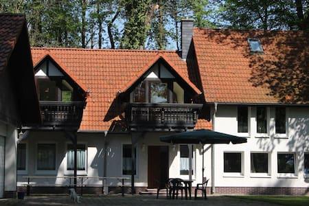 """Ferienhaus """"Schloss Erichsburg"""" - Dassel - Rumah"""