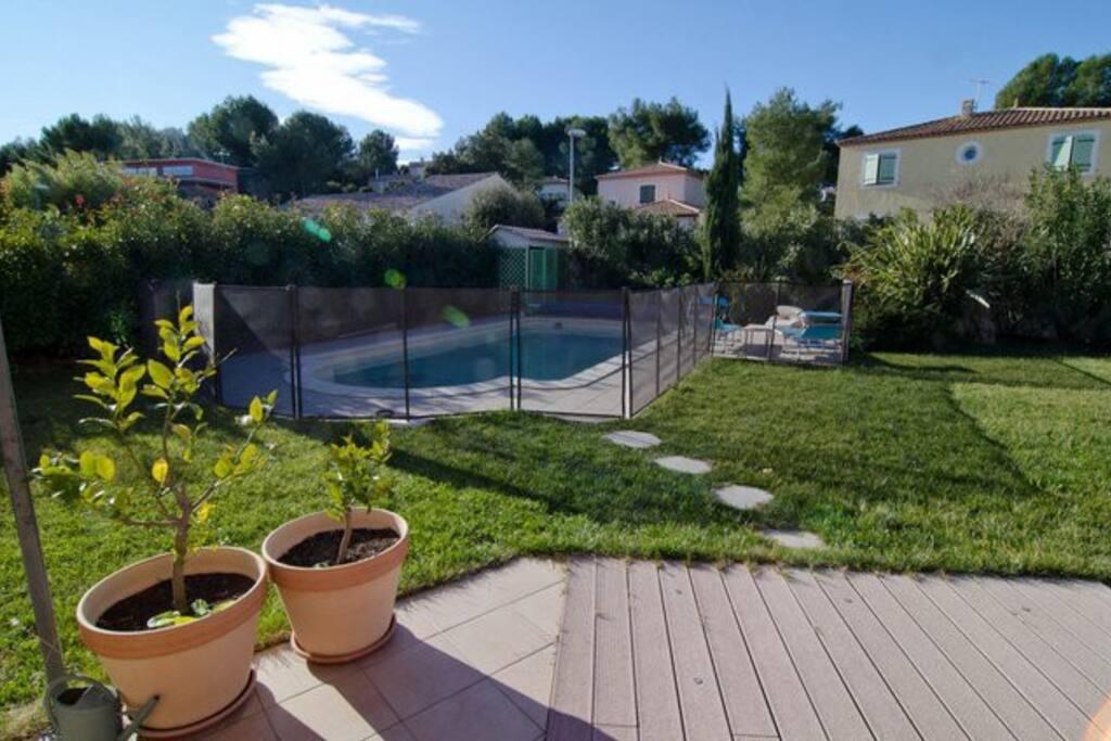 Maison piscine au calme proche montpellier wohnungen for Piscine privee montpellier