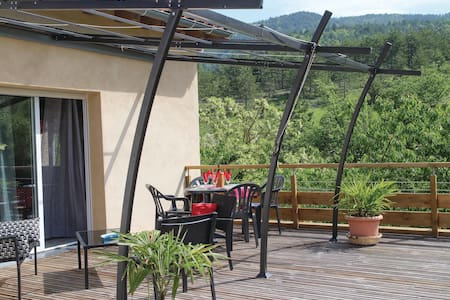 Semi-Detached with 1 room on 40m² in Espenel