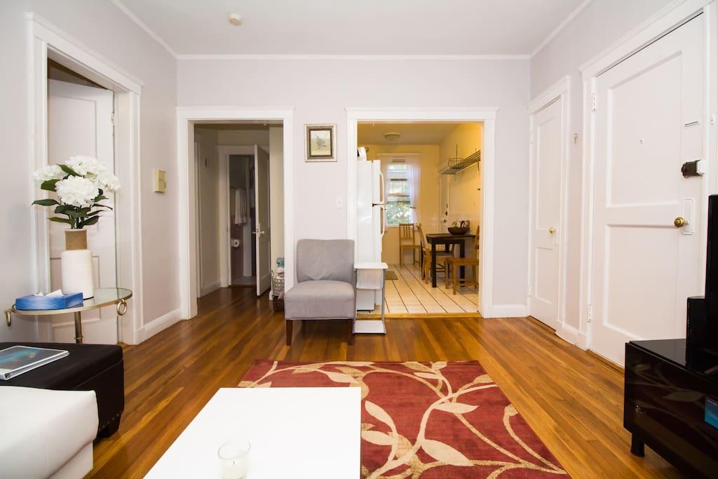 Room For Rent In Longwood Boston