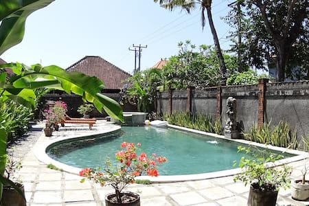 Good Speed WiFi Place ! - Denpasar - Bed & Breakfast