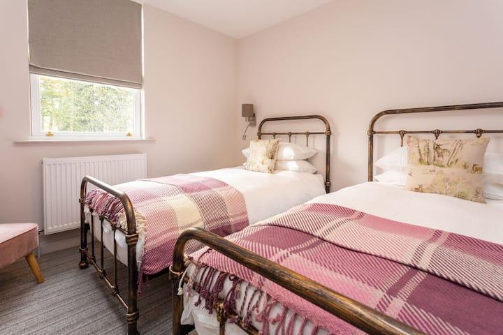 Howgills House  Room 1 (Twin)