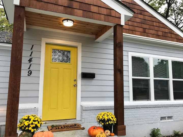 The House with the Yellow Door