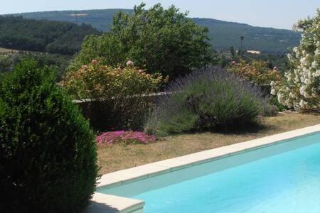 Chambre d'hôtes de charme, Provence - Roussas