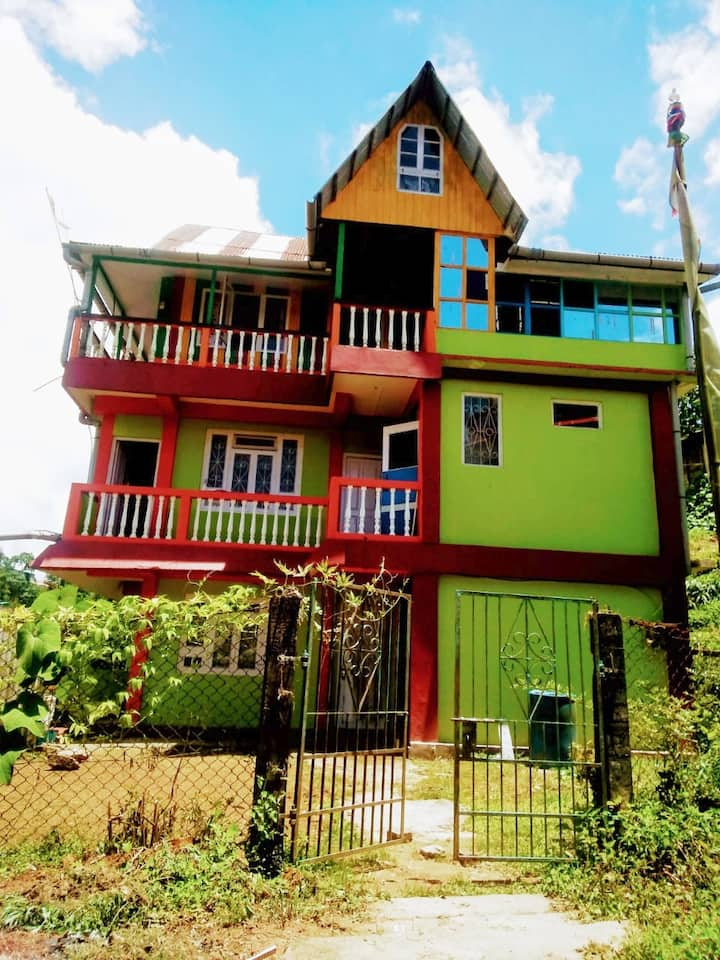 PUSHPA HOMESTAY. Homestay in MIRIK. Be Our Guest.