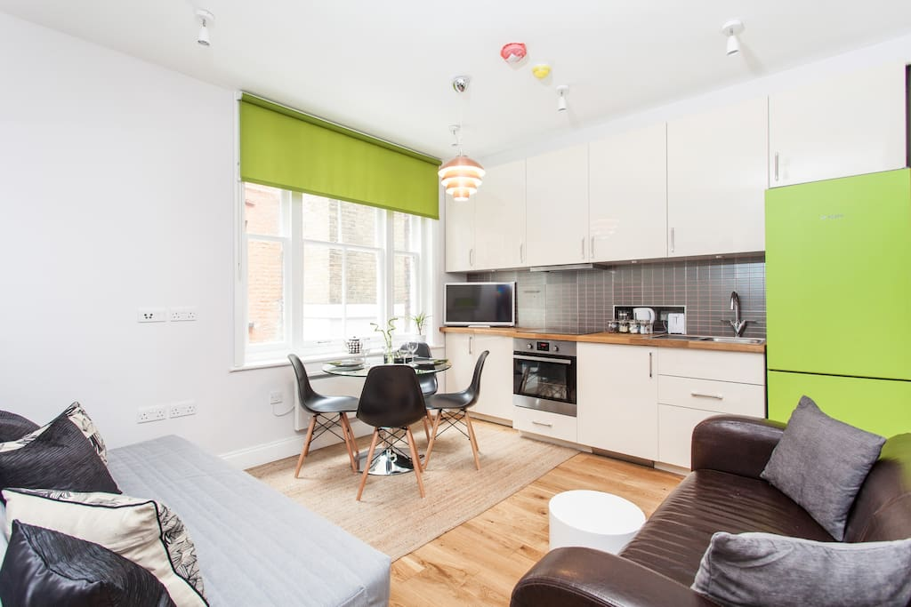 Stylish Soho One Bedroom Apartment Apartments For Rent In London United Ki