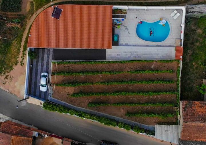 Casinha das Bonecas - V2 avec piscine privé