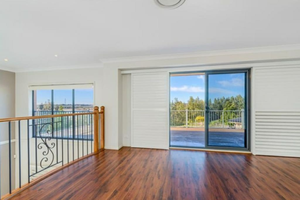 Large out door deck with amazing views