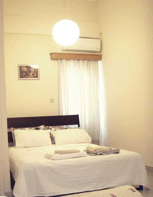 Double Bed 140cm*200cm