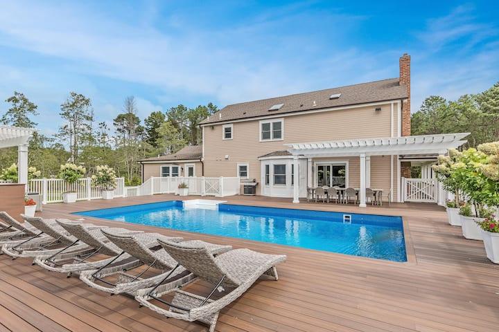 E Hampton Sag Harbor Home Heated Pool  Hot Tub Gym