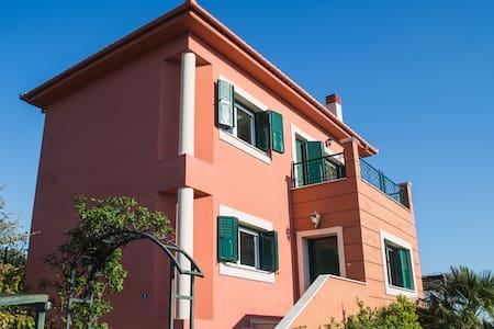 House by the sea, Marathos - Volos - Volos - Haus