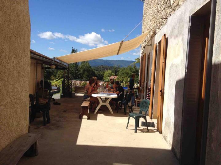 Maison Tout confort/ Barronies provençales