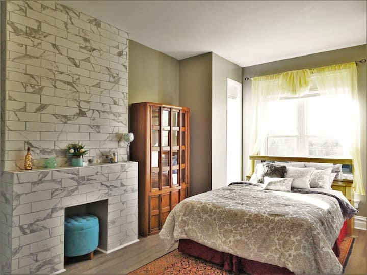 4B1a Luxurious Stay - Two Bedroom Suite Chicago